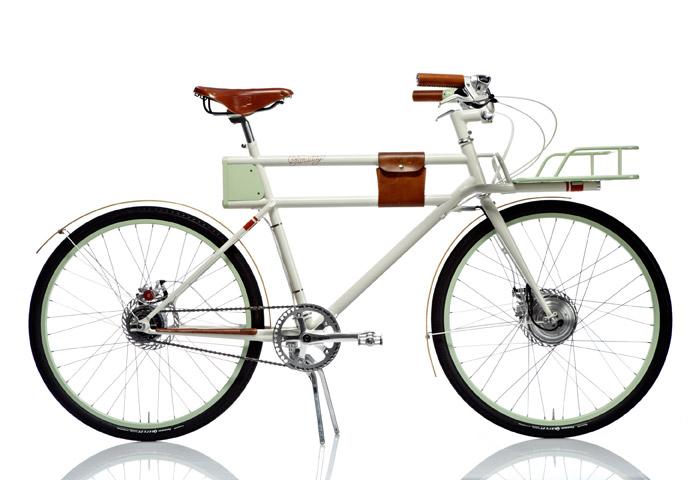 FARADAY: Sykkelen som ble designet av byrået IDEO for Oregon Manifest 2011, gjorde deretter braksuksess på crowdfunding-siden Kickstarter.com og er nå i produksjon. Spørsmålet er om form har overkjørt funksjon når det kommer til batteriløsningen (ja, jeg er en skeptisk grinebiter...).