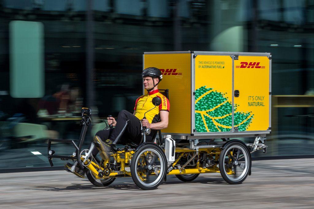ALMERE - De nieuwe Containerbike van DHL. FOTO: DIEDERIK VAN DER LAAN